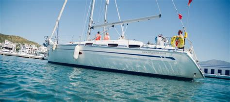 sailing boat qualifications what qualifications are needed to own and sail a yacht