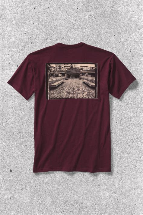 Tshirt Levis Thrasher levi s skateboarding x thrasher t shirt capsule collection