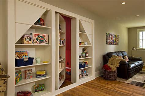 Passaggi segreti e stanze nascoste nella propria casa