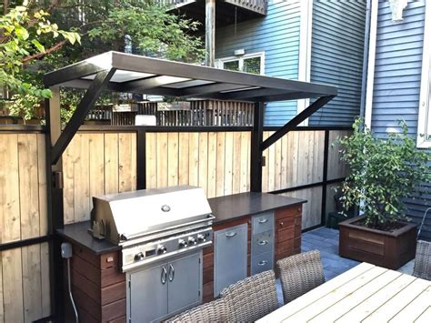 Outdoor Patio Grills by Patio With A Fireplace And A Gas Grill In Chicago