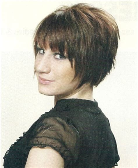 feathered short wedge 10 best wedge bob haircuts images on pinterest bob cuts