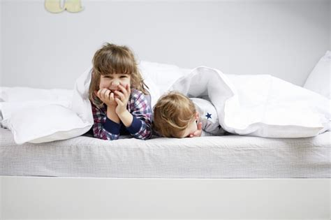 what to look for when buying a mattress best mattress for kids july 2017 6 factors to consider
