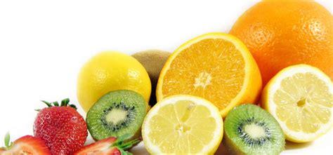 alimenti contro l influenza benefici e propriet 224 della vitamina c in agrumi e kiwi