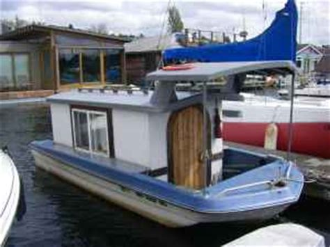 biggest houseboat in the world relaxshacks the world s smallest houseboat for sale