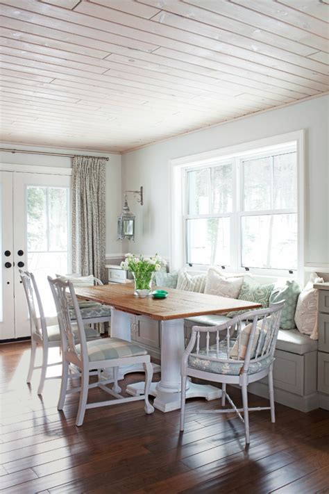 Table For Bay Window In Kitchen How To Decorate Bay Windows To Be Home