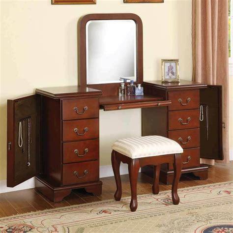 Vanity Set Furniture by 3 Pc Louis Phillipe Vanity Makeup Set W Jewelry Storage