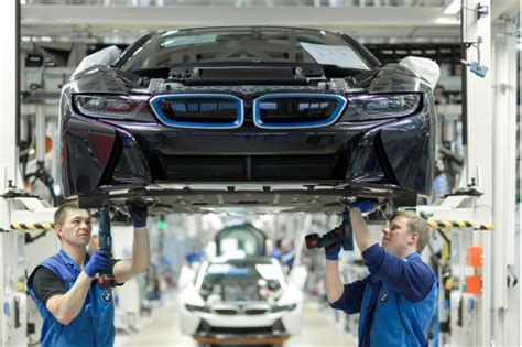bmw i8 in hybrid coupe production will to meet