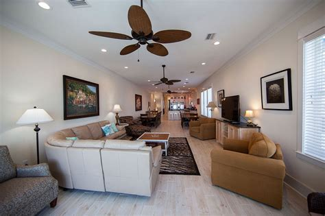 The Pearl Room by Pearl E Livingroom On Gulf Shores