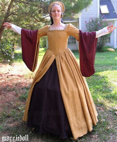 Mikhaila Dress Maroon 1000 images about fashion 1500 s 1600 s on gown museums and silk