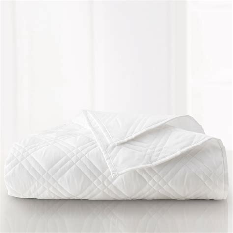 white coverlets martex suites shams mayfair hotel supply