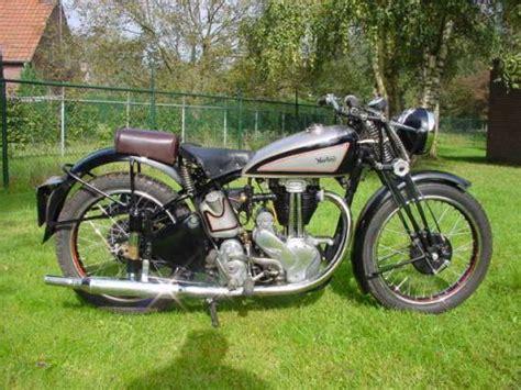 Kaos Classic Bikers Motor Klasik Triumph 6 Original Gildan top 10 coolest vintage motorcycles