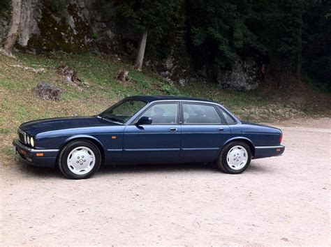 jaguar xj series xj6 xjr x300 service repair manual 1994 1997 automotive service repair manual 1995 jaguar xj x300 xj6 3 2 198 cui gasoline 149 kw 287 nm