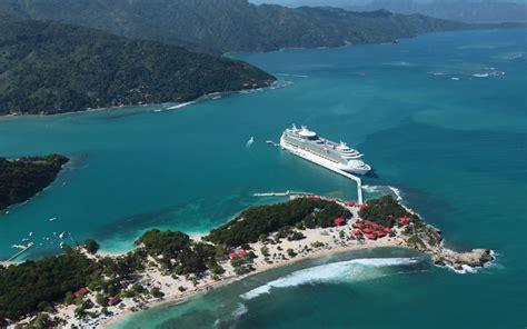 haiti cruise labadee royal caribbean s navigator of the seas cruise ship 2018