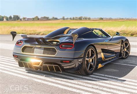 koenigsegg gold koenigsegg agera rs naraya the golden agera rs heads