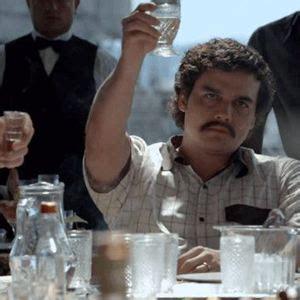 filme schauen narcos narcos tv serie 2015 filmstarts de