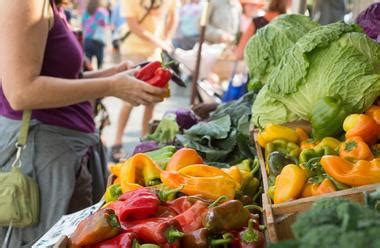 freight house farmers market 20 best things to do in davenport iowa