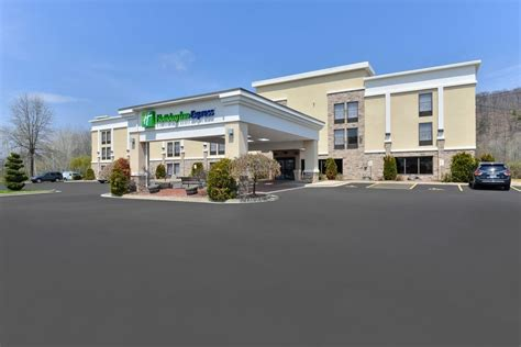 the l post inn holiday inn express painted post corning area elmira