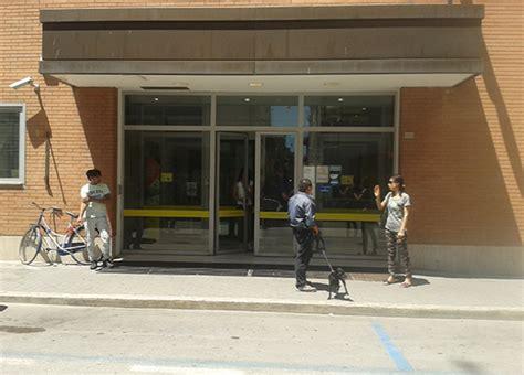 ufficio postale civitanova marche scippata alle poste anziana finisce in ospedale cronache