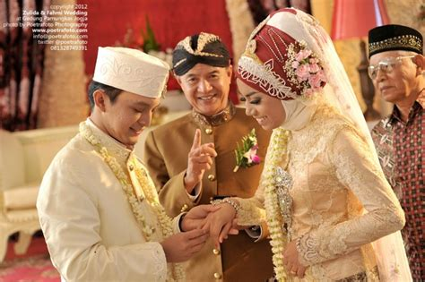 Professional Wedding Photographer Indonesia Zulida