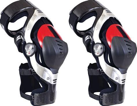 $695.00 EVS Axis Knee Brace Pair #199102