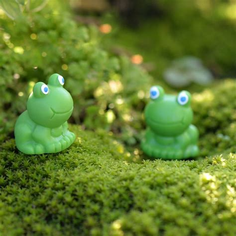 Frog Garden Decor Outdoor Garden Decor Frogs Photograph Loving Frog Family G New Portly Frog Resin Yard Home Lawn