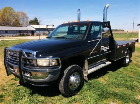 94 dodge ram 94 dodge ram 3500 4x4 diesel 170 000 mi flat bed 5 speed