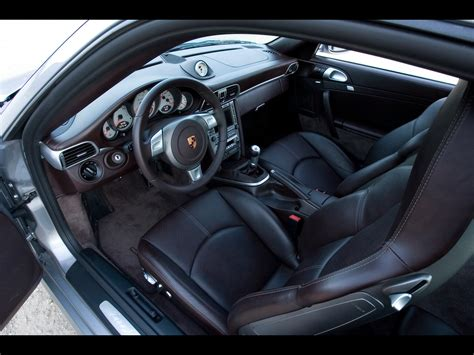 porsche 911 interior porsche 911 turbo interior 2017 ototrends