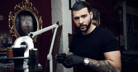 tattoo fixers vicky alton towers tattooist jay hutton inks alton towers rollercoaster crash
