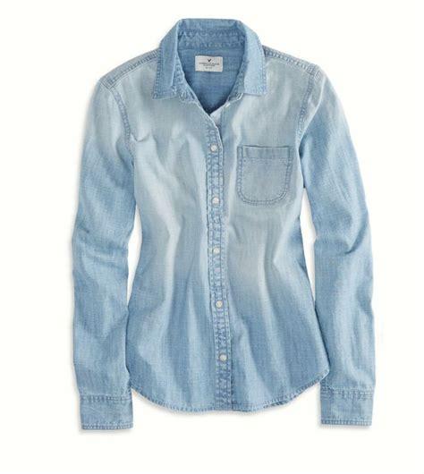 Light Chambray Shirt by American Eagle Chambray Button Shirt Light Wash