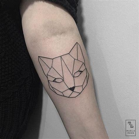 tattoo geometric fubiz best 25 geometric cat tattoo ideas on pinterest