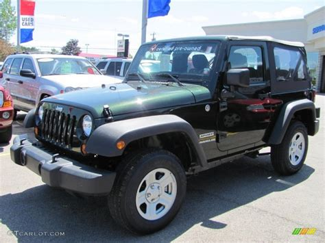 Green Jeep Colors 2011 Green Pearl Jeep Wrangler Sport 4x4 51724170