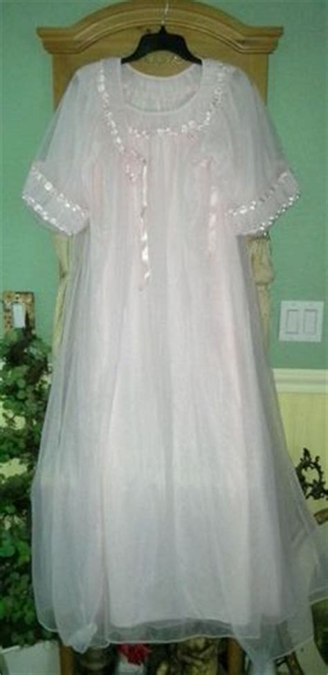 Pleated Dress Tosca vtg pink frilly tosca sheer chiffon peignoir robe
