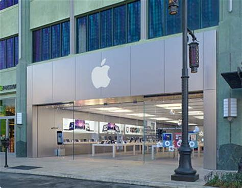 Las Vegas Phone Number Lookup Apple Store Town Square Las Vegas Address Work Hours