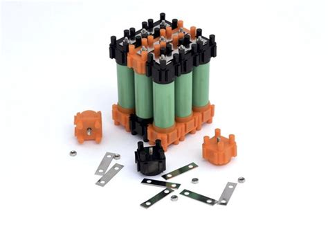 18650 diy battery pack easily make diy battery packs with this building kit for 18650 batteries crowdfunding