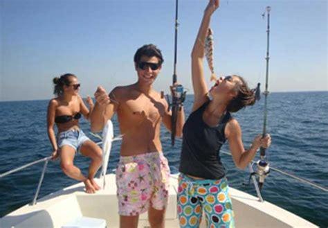 fishing boat for rent in bahrain 32 discount deep sea fishing snorkeling trips dubai bahrain