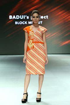 Dress Wanita Agc 820 1000 images about kain and batik fashion on kebaya batik dress and indonesia