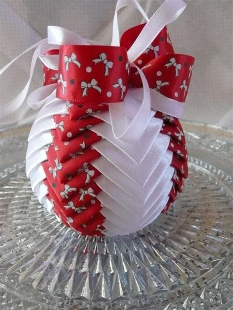 ribbon craft projects best 25 ribbon crafts ideas on bow ribbon