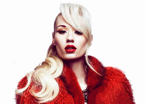 black widow iggy azalea featuring ora iggy azalea announces new single black widow featuring