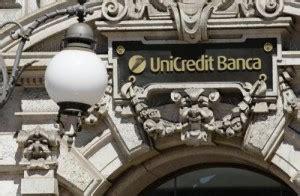unicredit banca sedi unicredit taglia 6900 impiegati in italia e chiude 800