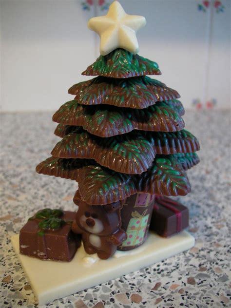 green aquini top  christmas tree  christmas