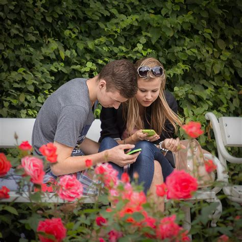 Mobile For Couples How Are Spending Time On Mobile Devices