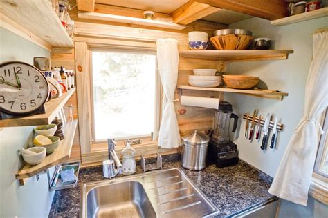 10 space hacks for small kitchens