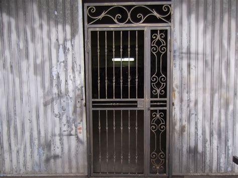 porta ferro battuto porta a grata in ferro battuto maestro artigiano gaetano