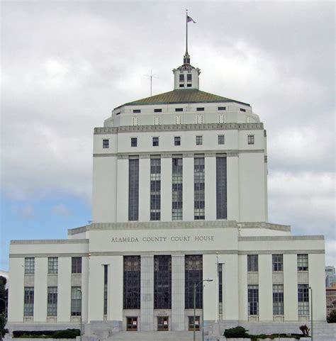 Alameda County Ca Court Records File Oakland Court House California Usa1 Jpg Wikimedia