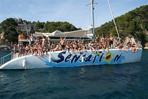 catamaran party cruises barcelona boat party booze cruise barcelona bcn events