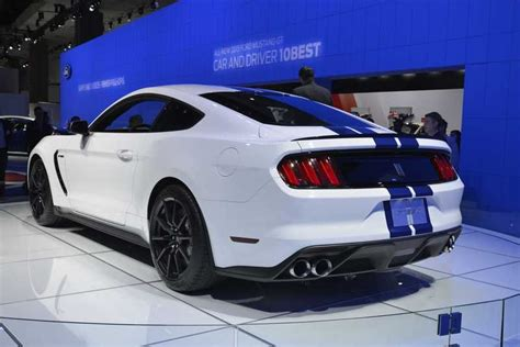 2016 2017 ford shelby gt350 mustang review top speed