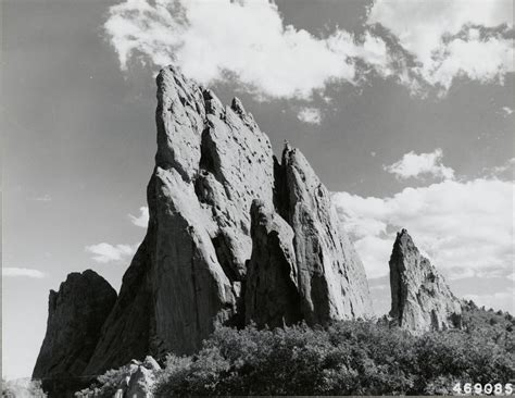 Rock Formations At Garden Of The Gods Colorado Garden Of The Gods Rock Formations