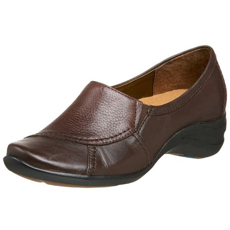 whats a hush puppy hush puppies 174 hush puppies womens verse slip on in brown coffee bean lyst
