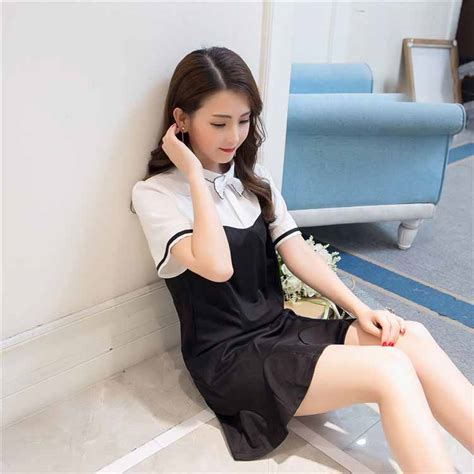 dress warna hitam putih simple terbaru model terbaru