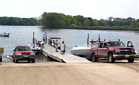 public boat launch fox river il fox river marina lake county forest preserves
